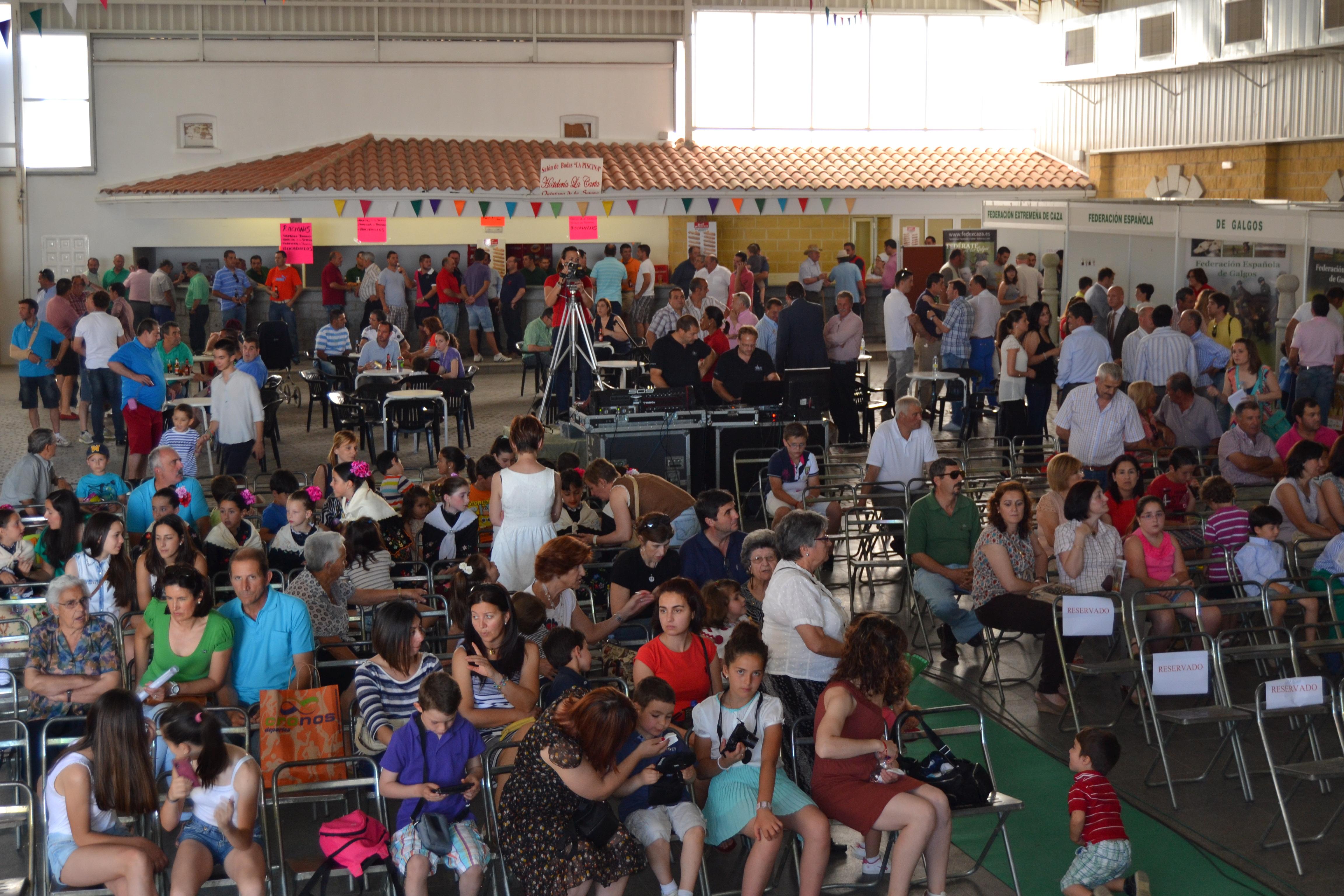 La V Feria Internacional del Galgo supera en organización y público a la de hace cuatro años